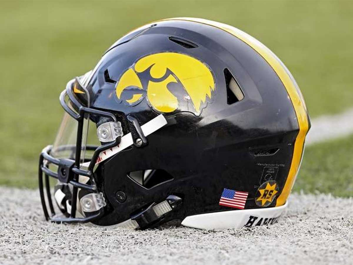 Iowa Hawkeyes College Football Betting Odds and Preview