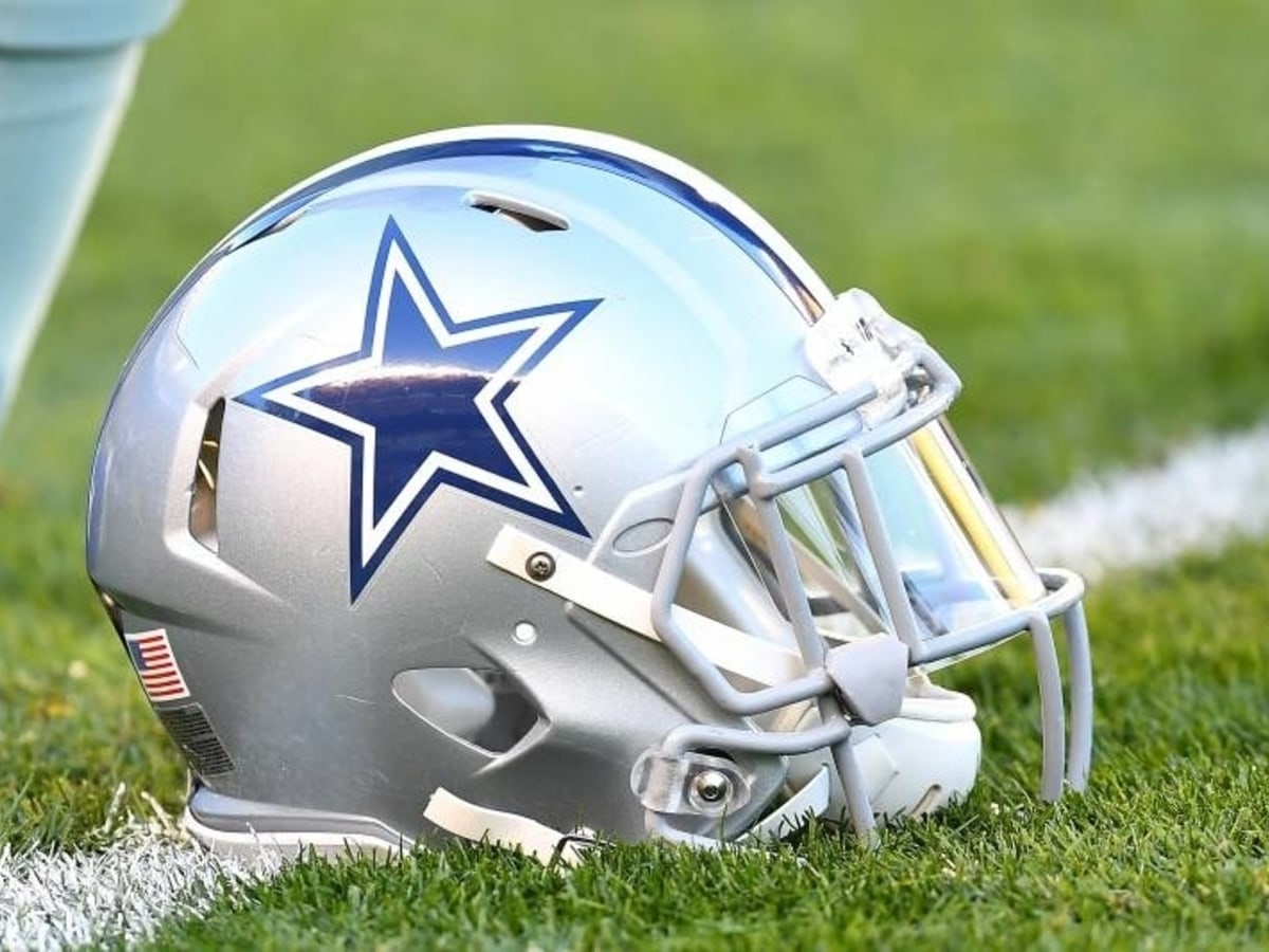 Dallas Cowboys Helmet- NFL Betting Odds And Preview
