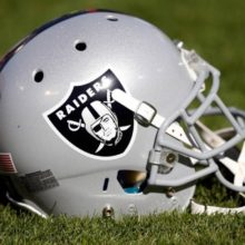 Oakland Raiders Helmet - NFL Betting Odds And Preview