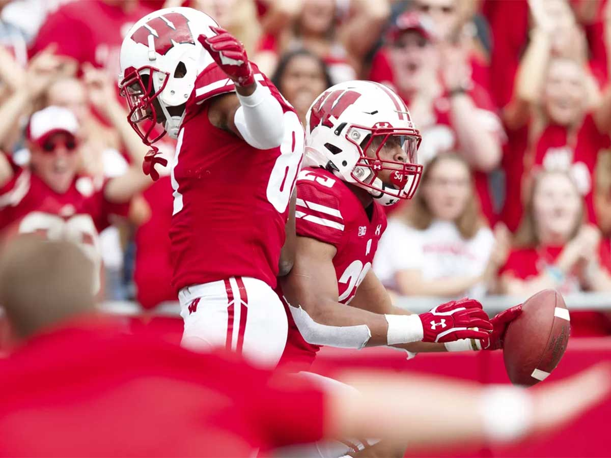 Michigan Wolverines Vs Wisconsin Badgers College Football Betting Odds and Prediction