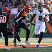 Ravens QB Lamar Jackson spin move against the Bengals