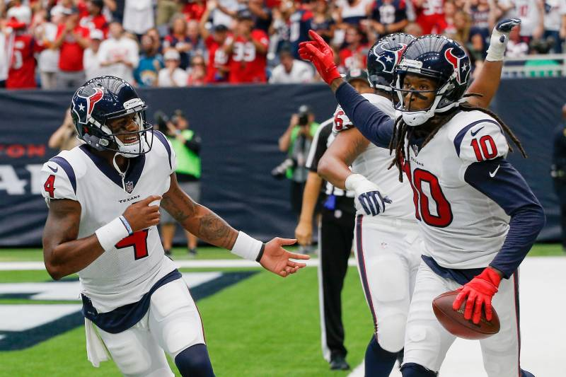 Watson-Hopkins trick play key to Texans' victory over the Patriots